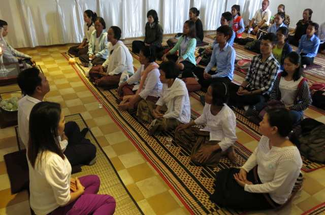 3. Debriefing at Meditation Room