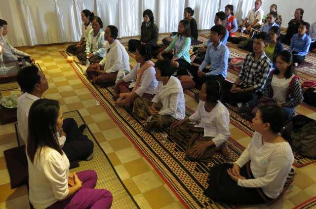 3. Debriefing at Meditation Room